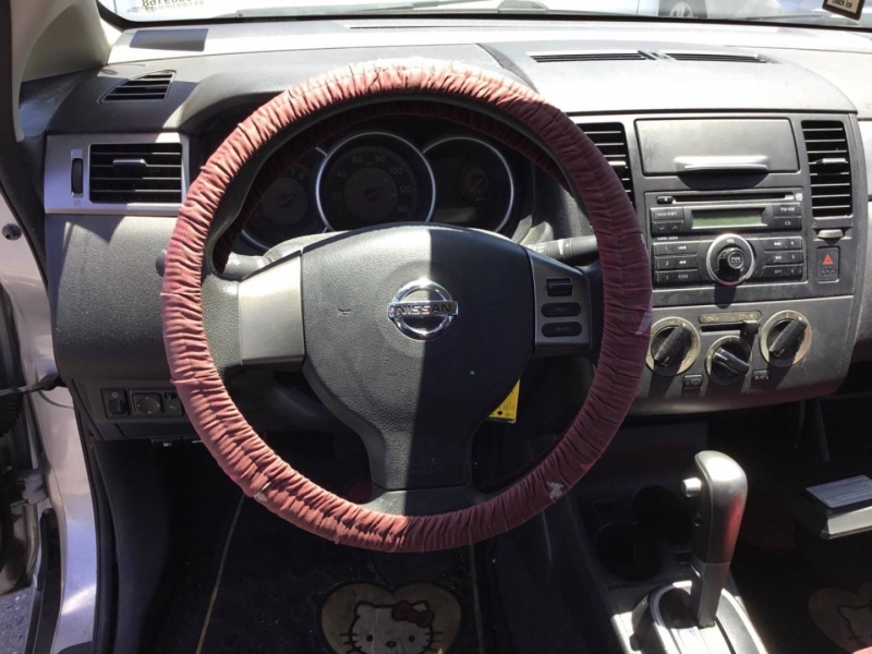 Nissan Versa 2009 price $4,250