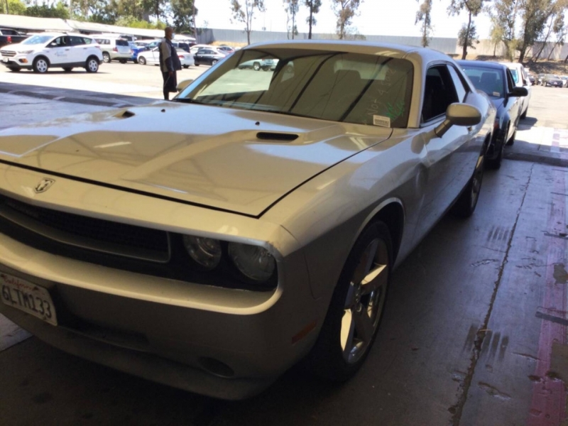 Dodge Challenger 2010 price $9,150