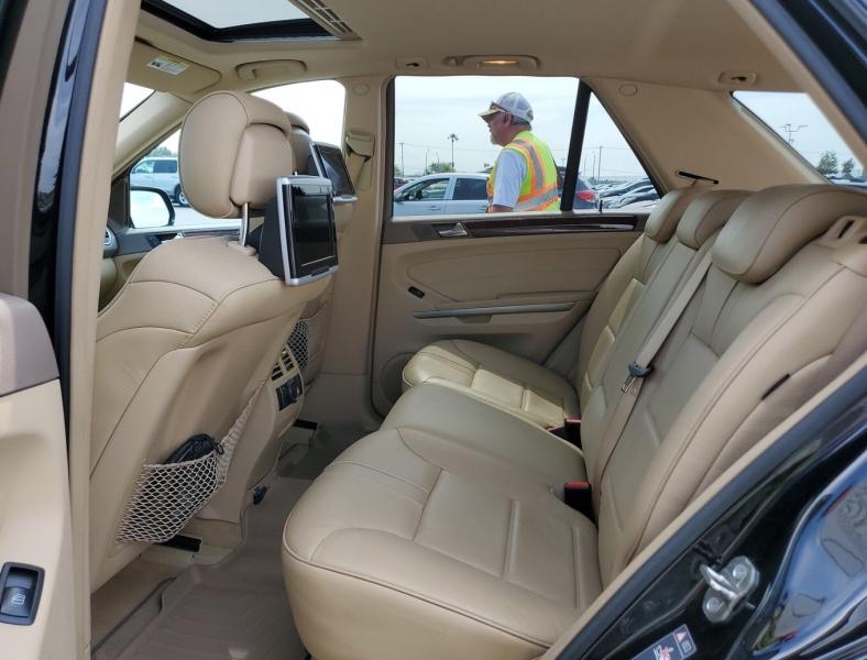 Mercedes-Benz M-Class 2010 price $9,050