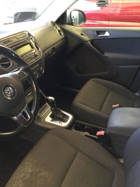 Volkswagen Tiguan 2014 price $9,150
