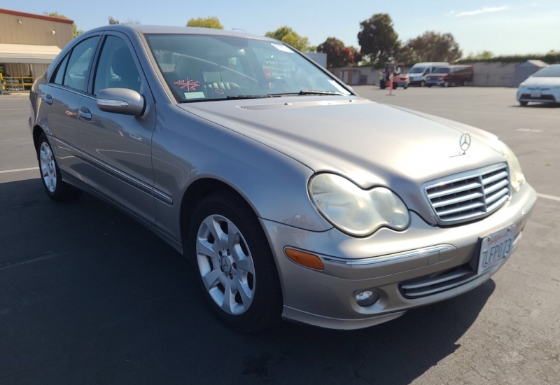 Mercedes-Benz C-Class 2006 price $3,450