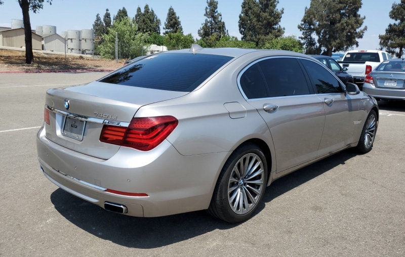 BMW 7-Series 2013 price $13,650