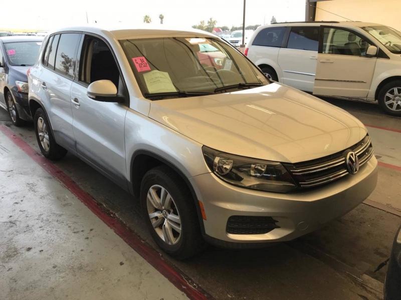 Volkswagen Tiguan 2013 price $8,950
