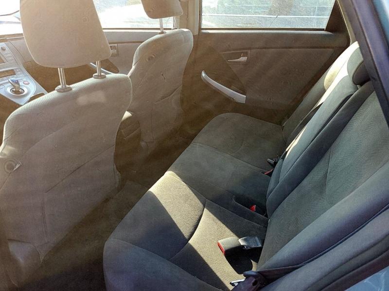 Toyota Prius 2013 price $7,250