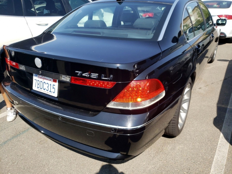 BMW 7-Series 2004 price $4,750