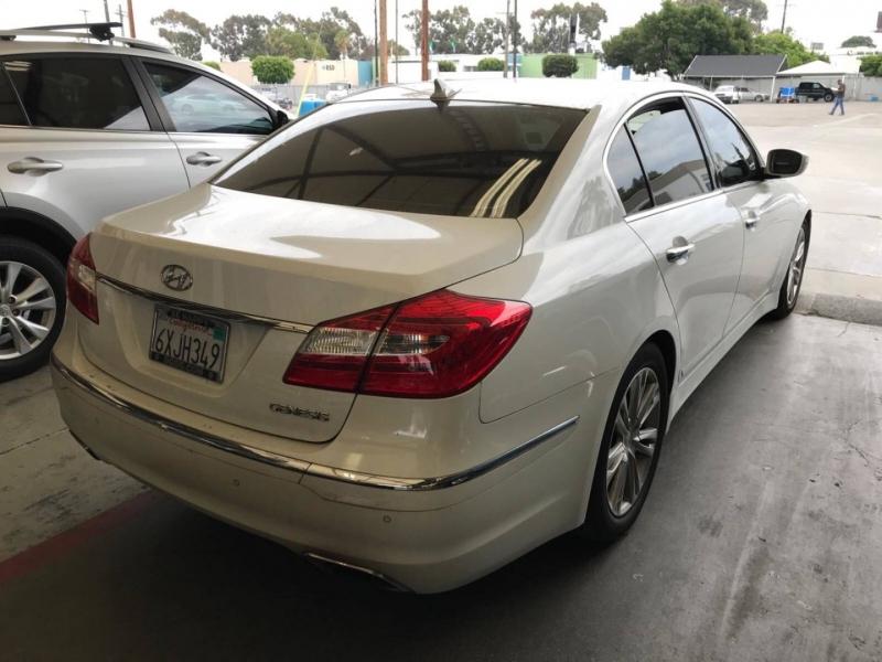 Hyundai Genesis 2012 price $6,750