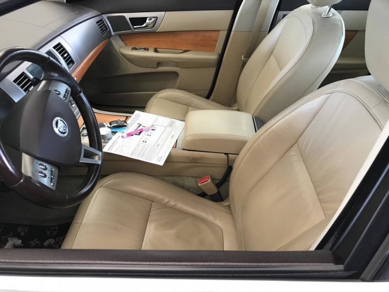 Jaguar XF 2010 price $9,950