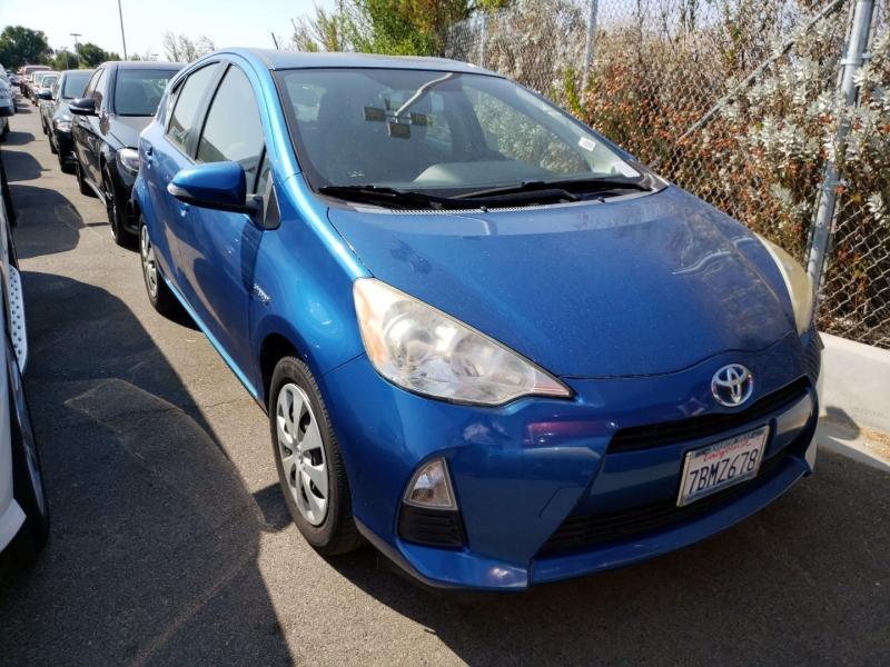 Toyota Prius c 2013 price $8,250