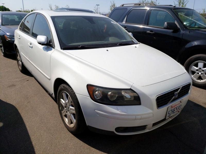Volvo S40 2006 price $4,750
