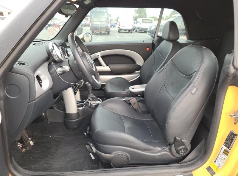 Mini Cooper Convertible 2007 price $4,050