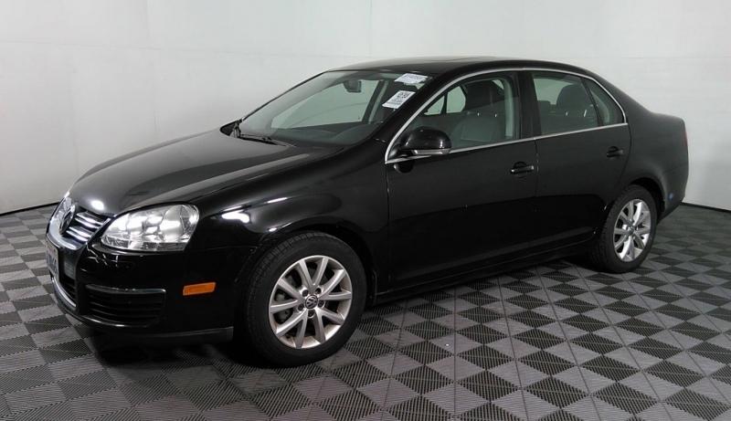 Volkswagen Jetta Sedan 2010 price $6,050