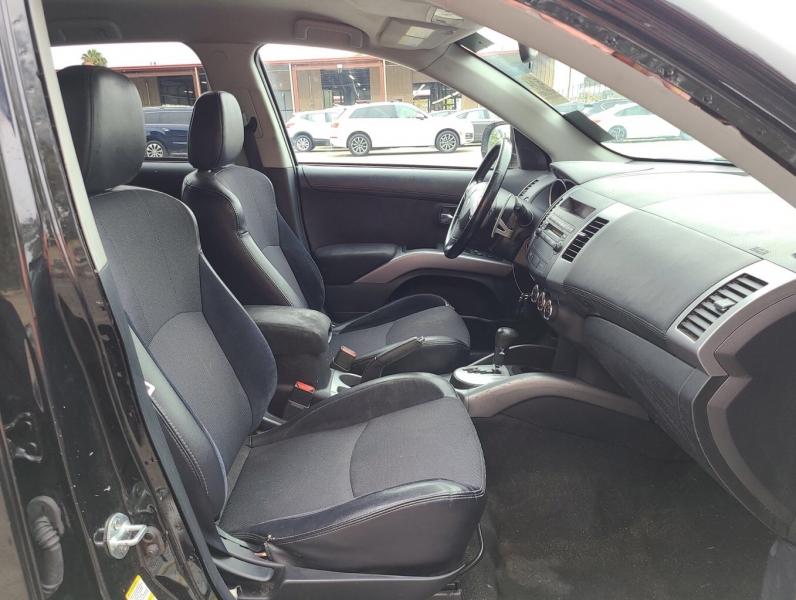 Mitsubishi Outlander 2011 price $5,950