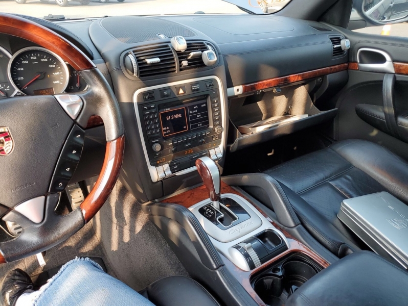 Porsche Cayenne 2008 price $7,950