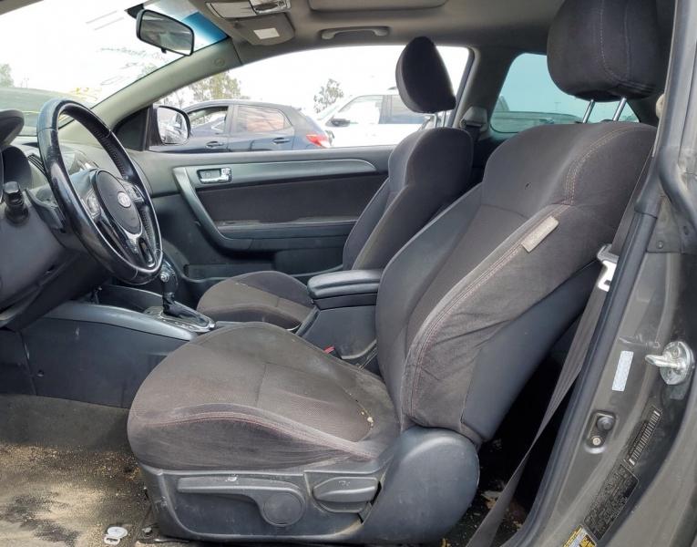 Kia Forte Koup 2013 price $5,750