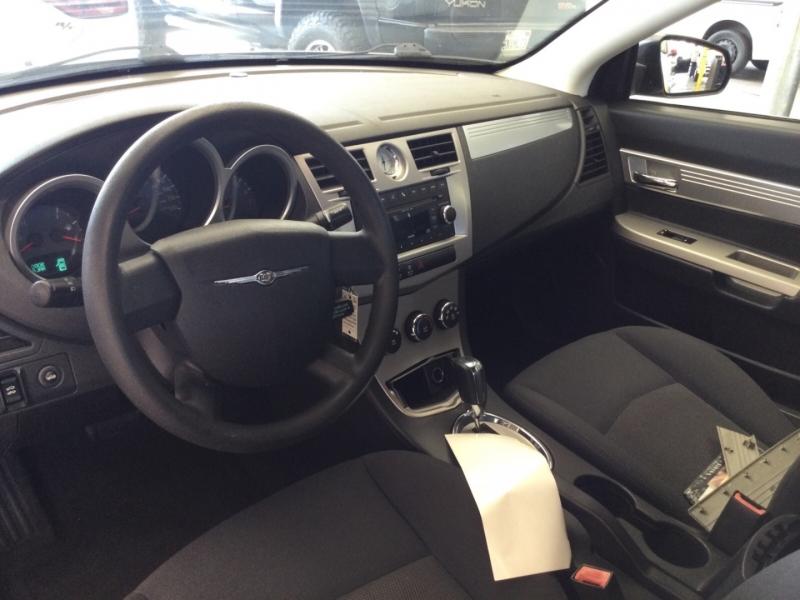 Chrysler Sebring 2010 price $5,850