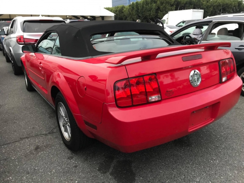 Ford Mustang 2006 price $7,050
