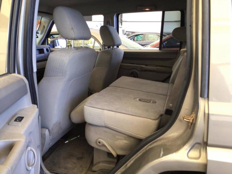 Jeep Commander 2006 price $6,850