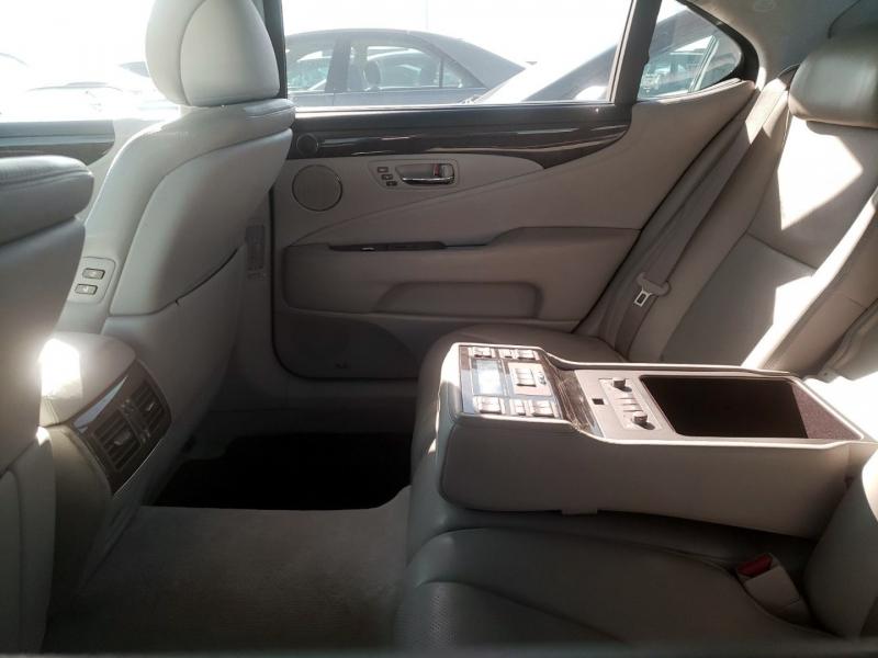Lexus LS 460 2009 price $9,750