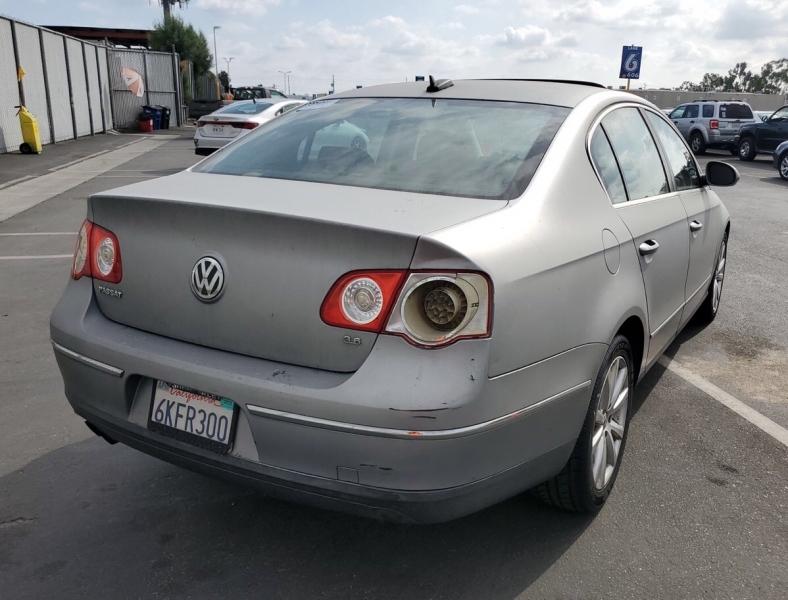 Volkswagen Passat Sedan 2006 price $3,250
