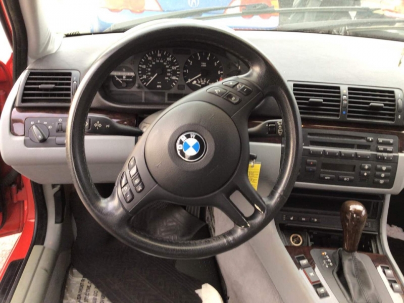 BMW 3-Series 2004 price $5,350