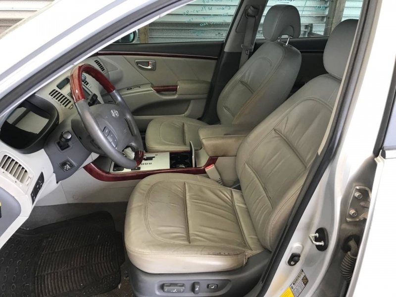 Hyundai Azera 2008 price $5,550