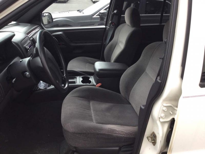 Jeep Grand Cherokee 2000 price $3,250