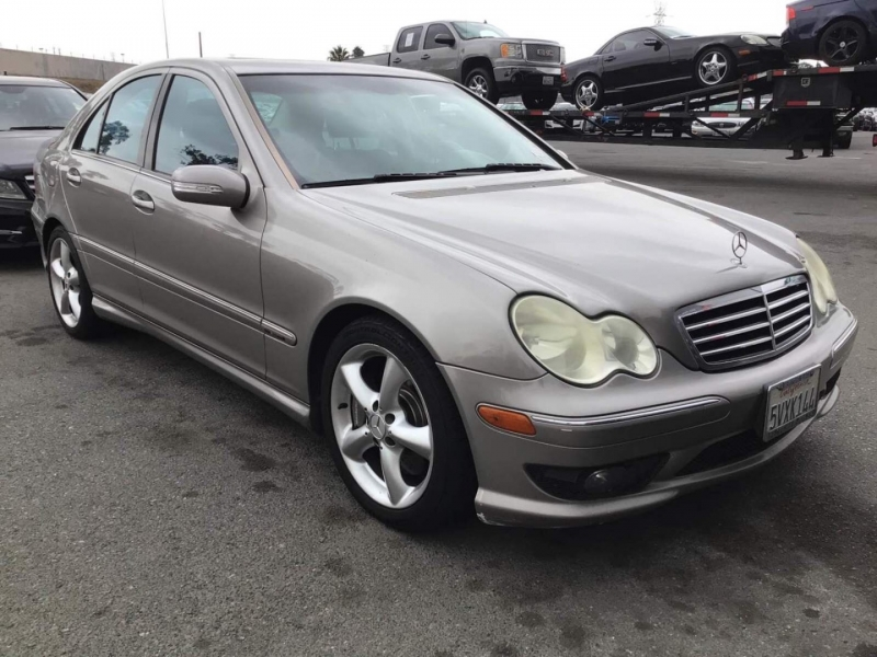 Mercedes-Benz C-Class 2006 price $3,950