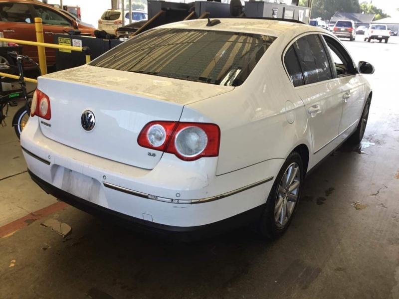 Volkswagen Passat Sedan 2006 price $2,950