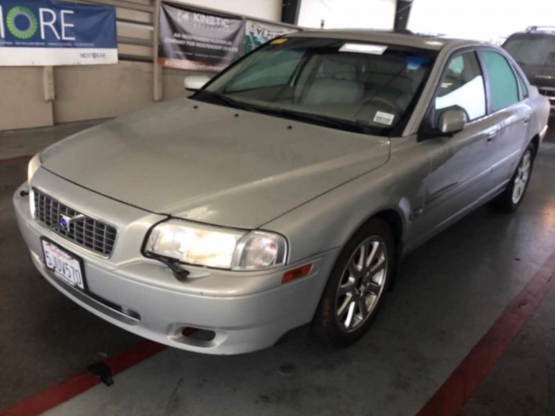 Volvo S80 2004 price $4,250