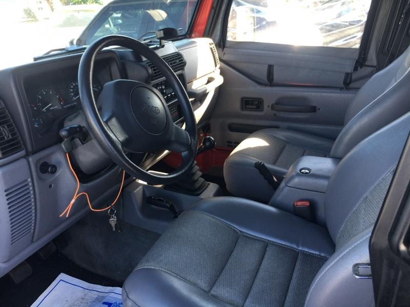 Jeep Wrangler 1997 price $11,000