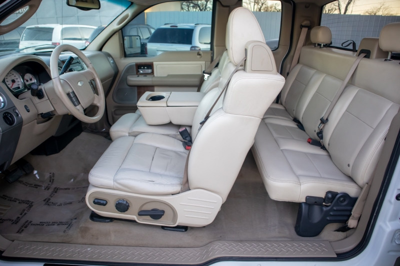 Ford F-150 2004 price $5,998