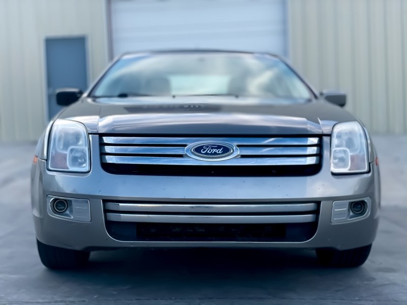 Ford Fusion 2009 price $4,250
