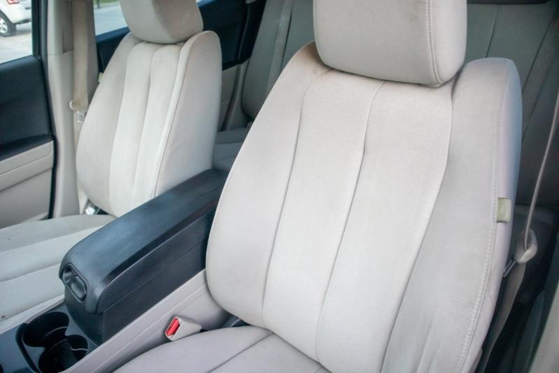 Mazda CX-7 2007 price $4,750