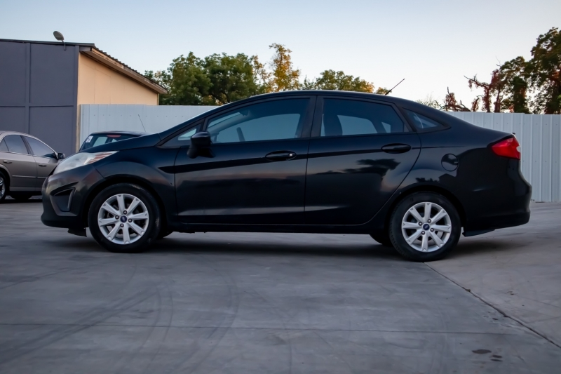 Ford Fiesta 2012 price $4,950