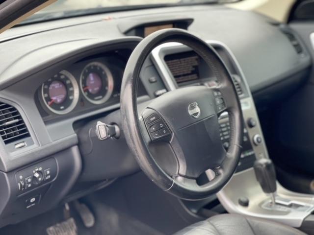 Volvo XC60 2010 price $5,998