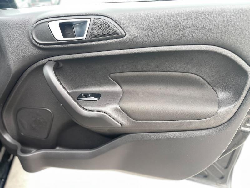 Ford Fiesta 2016 price $6,298