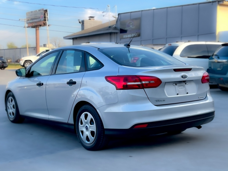 Ford Focus 2015 price $6,250