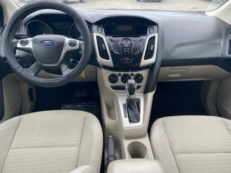 Ford Focus 2012 price $5,750