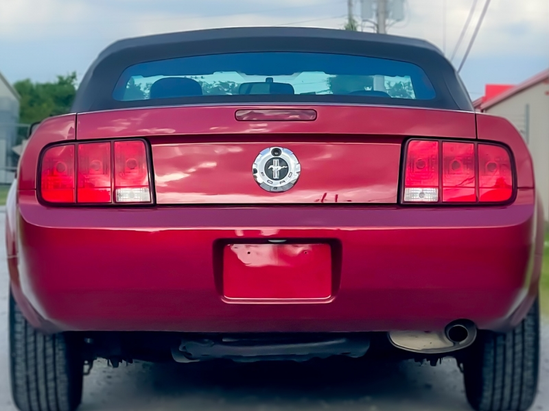 Ford Mustang 2007 price $9,598