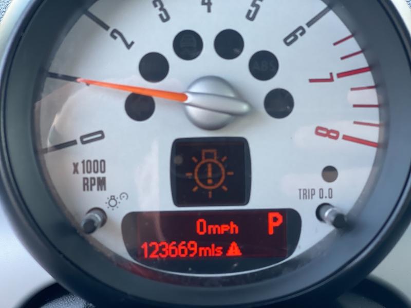 Mini Cooper Clubman 2012 price $7,998