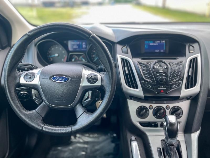 Ford Focus 2013 price $7,550