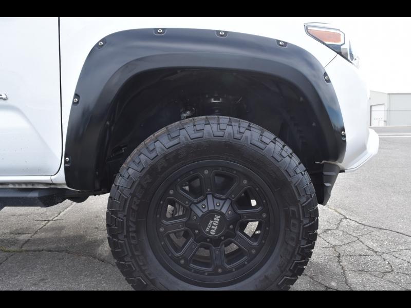 Toyota Tacoma 4WD 2019 price $37,999
