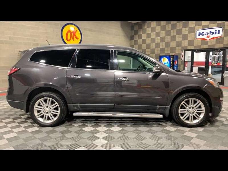 Chevrolet Traverse 2015 price $12,999