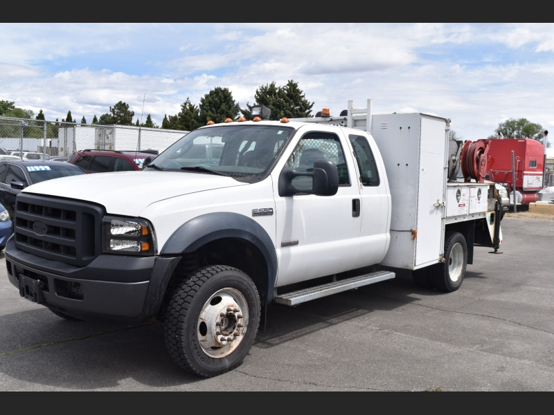 Ford F550 2006 price $17,999
