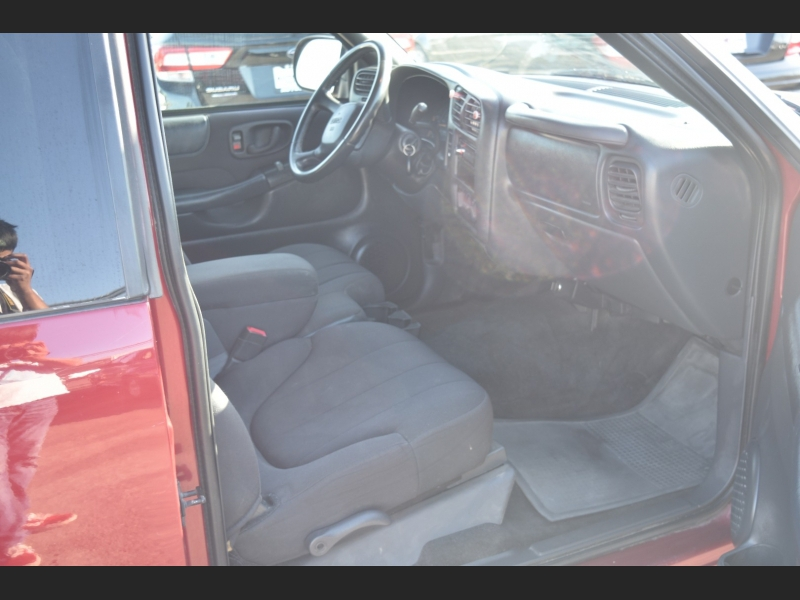 GMC Sonoma 2003 price $6,999