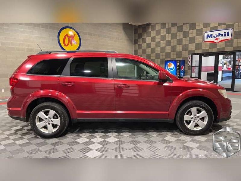 Dodge Journey 2011 price $8,999