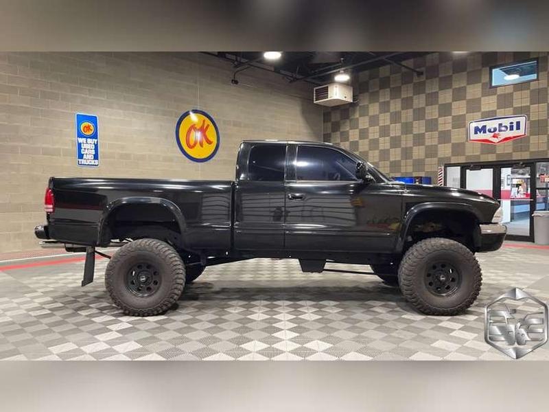 Dodge Dakota 1999 price $12,999
