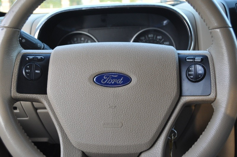 Ford Explorer 2009 price $2,999