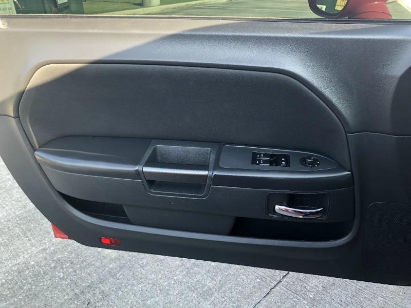 Dodge Challenger 2014 price $15,995