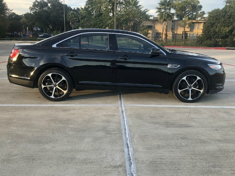 Ford Taurus 2016 price $14,995